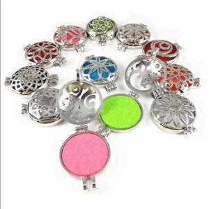 Jewelry - 925 Silver 32mm Round Aromatherapy Pendant Locket